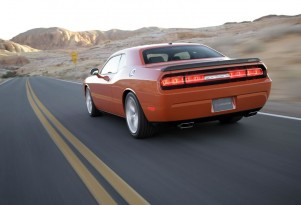 Chrysler Dumps Lifetime Powertrain Warranty