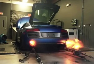 1,300-horsepower Audi R8 V10 shoots flames on the dyno