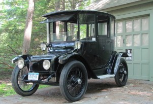 1914 Detroit Electric: Pretty Spry For A Century Old (Video)