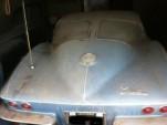 1963 split-window Corvette barn find. Image via Corvette Forum user Bruce at Billet.