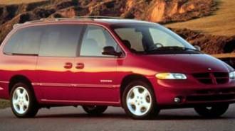 1999 Dodge Caravan Base