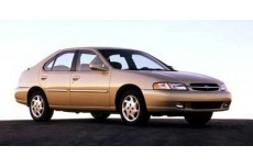 1999 Nissan Altima XE