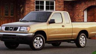 1999 Nissan Frontier 2WD XE