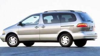 1999 Toyota Sienna CE