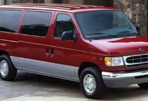 Rollover Alert: Feds Extend Warning About Large Passenger Vans