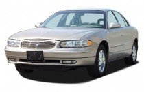 2004 Buick Regal 4-door Sedan LS Angular Front Exterior View
