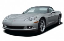 2005 Chevrolet Corvette 2-door Coupe Angular Front Exterior View