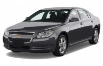 2008 Chevrolet Malibu 4-door Sedan LT w/1LT Angular Front Exterior View