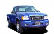 "2005 Ford Ranger Reg Cab 112"" WB Edge Angular Front Exterior View"
