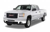 "2009 GMC Sierra 2500HD 2WD Crew Cab 153"" SLE Angular Front Exterior View"