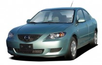 2004 Mazda MAZDA3 4-door Sedan i Manual Angular Front Exterior View
