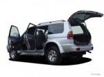 2004 Mitsubishi Montero Sport 4-door LS Open Doors
