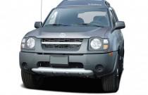 2004 Nissan Xterra 4-door XE 2WD V6 Auto Angular Front Exterior View