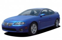 2004 Pontiac GTO 2-door Coupe Angular Front Exterior View