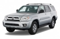 2009 Toyota 4Runner RWD 4-door V6 SR5 (Natl) Angular Front Exterior View