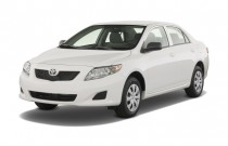 2009 Toyota Corolla 4-door Sedan Auto (Natl) Angular Front Exterior View