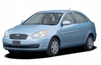 2006 Hyundai Accent 4-door Sedan GLS Auto Angular Front Exterior View