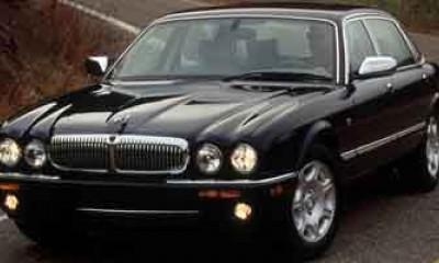 2002 Jaguar XJ Photos
