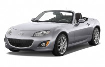 2009 Mazda MX-5 Miata 2-door Convertible PRHT Man Grand Touring Angular Front Exterior View