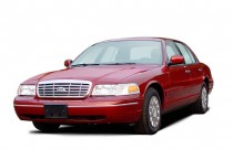 2003 Ford Crown Victoria 4-door Sedan LX Angular Front Exterior View