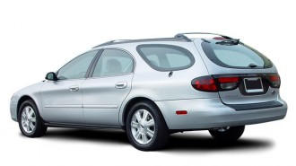 2003 Ford Taurus 4-door Wagon SEL Deluxe Angular Rear Exterior View