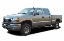 "2003 GMC Sierra 2500HD Crew Cab 153"" WB 4WD SLT Angular Front Exterior View"