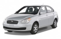 2009 Hyundai Accent 4-door Sedan Auto GLS Angular Front Exterior View