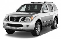 2010 Nissan Pathfinder 4WD 4-door V8 LE Angular Front Exterior View