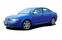 2004 Audi S4 4-door Sedan quattro AWD Man Angular Front Exterior View