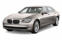 2009 BMW 7-Series 4-door Sedan 750Li Angular Front Exterior View