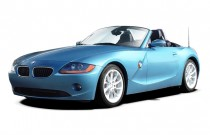 2004 BMW Z4-Series Z4 2-door Roadster 2.5i Angular Front Exterior View