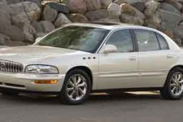 Park  Acura on 2004 Buick Lesabre Vs 2004 Buick Park Avenue   The Car Connection