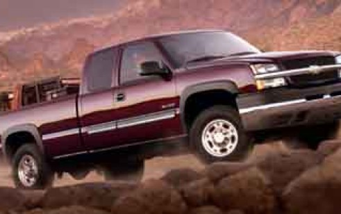 2004 chevrolet silverado 2500hd vs gmc sierra 2500hd. Black Bedroom Furniture Sets. Home Design Ideas
