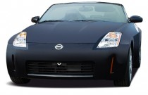 2004 Nissan 350Z 2-door Roadster Touring Manual Angular Front Exterior View