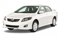 2010 Toyota Corolla 4-door Sedan Auto S (Natl) Angular Front Exterior View