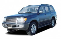 2004 Toyota Land Cruiser 4-door 4WD (Natl) Angular Front Exterior View