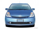 2004 Toyota Prius 5dr HB (Natl) Front Exterior View