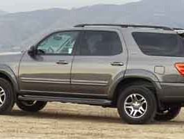 2004 Toyota Sequoia SR5