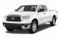 2010 Toyota Tundra Dbl 4.6L V8 6-Spd AT Grade (Natl) Angular Front Exterior View