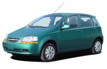 2005 Chevrolet Aveo 5dr Wagon LS Angular Front Exterior View