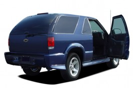 2005 Chevrolet Blazer 2-door Open Doors