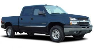 "2005 Chevrolet Silverado 1500 Crew Cab 143.5"" WB 4WD LT Angular Front Exterior View"