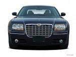 2005 Chrysler 300-Series 4-door Sedan 300 Touring *Ltd Avail* Front Exterior View