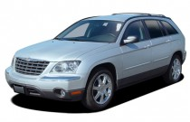 2005 Chrysler Pacifica 4-door Wagon Touring AWD Angular Front Exterior View