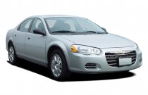 2005 Chrysler Sebring Sedan 4-door Touring Angular Front Exterior View
