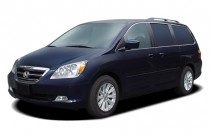 2005 Honda Odyssey TOURING AT Angular Front Exterior View