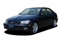 2005 Lexus IS 300 4-door Sport Sedan Auto Angular Front Exterior View