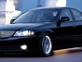 2005 Lincoln LS w/Luxury Pkg