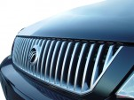 2005 Mercury Monterey 4-door Luxury Grille