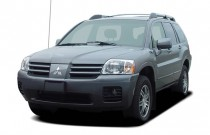 2005 Mitsubishi Endeavor 4-door AWD Limited Angular Front Exterior View